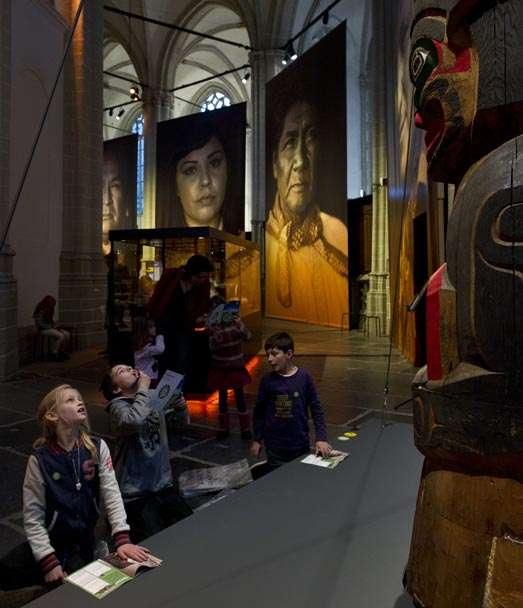 72.000 bezoekers voor Indianen. Kunst en cultuur tussen mythe en realiteit in De Nieuwe Kerk