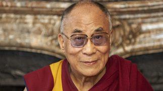 Zijne Heiligheid de Dalai Lama opent Boeddha-tentoonstelling met dialoog over Compassie en Technologie